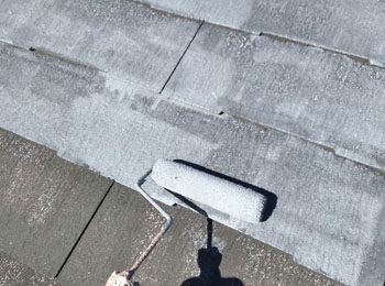 屋根 下塗り中