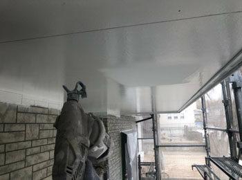 軒天井 上塗り